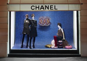 Chanel-Window-Shopping-Paris-Byzance-DESIGNSCENE-net-02